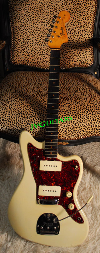 1964 Fender Jazzmaster Genuine USA Vintage guitar .beautiful Olympic White  wow what a great sounding & playing vguitar from Leo's Fender days ......
