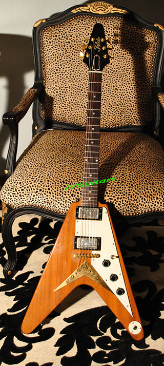 1983 Tokai Flying V Replica of Gibsons FAMOUS 1958 Korina V this example is Vintage made in Japan and is MEGA RARE folks and they don't come up often for sale here is YOUR Chance this is about THE BES