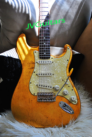 JVG Luthier Built 69 Strat in 24k Gold leaf RELIC one of a kind Abigale 69 Custom Shop pickups Brazilian Rosewood fingerboard LuthierBuilt in California USA WoW!