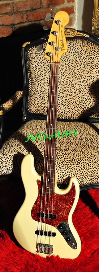 Tokai Jazz Bass Olympic white Classic Tortis shell  pickguard FRETLESS BASS High Quality Lawsuit Fender Replica over 35 years old WoW in top condition!.... Sorry SOLD OUT!